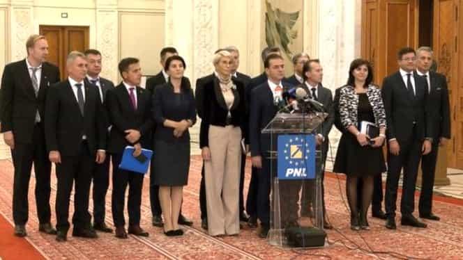 Guvernul Orban a demis 35 de prefecți și 11 subprefecți. Alți politicieni vin în loc
