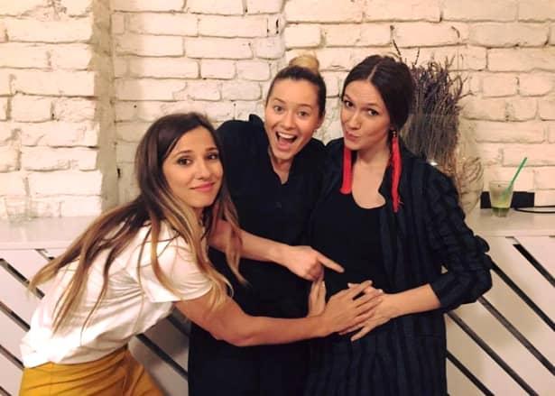 """Adela Popescu, mesaj înainte de a naște: """"Când vor începe contracțiile? Cât va dură travaliul?"""""""