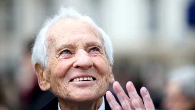 Romancierul francez Jean d'Ormesson a murit la vârsta de 92 de ani