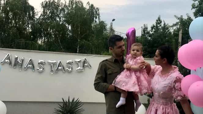 Elena Băsescu și Cătălin Tomată se luptă pentru custodia fetiței lor, Anastasia. Cei doi au divorțat în septembrie 2019