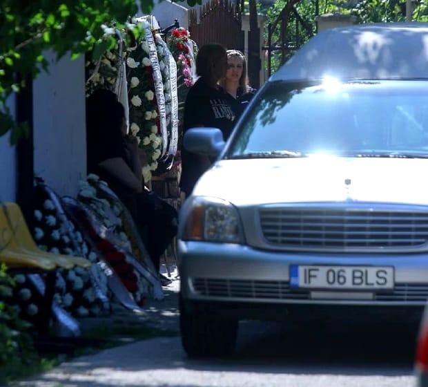 Nelu Ploieșteanu își îngroapă fiul