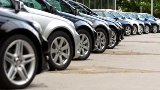 ANAF a scos la licitaţie maşini confiscate! Cât de ieftin se vând autoturisme precum Mercedes, Volkswagen și Skoda