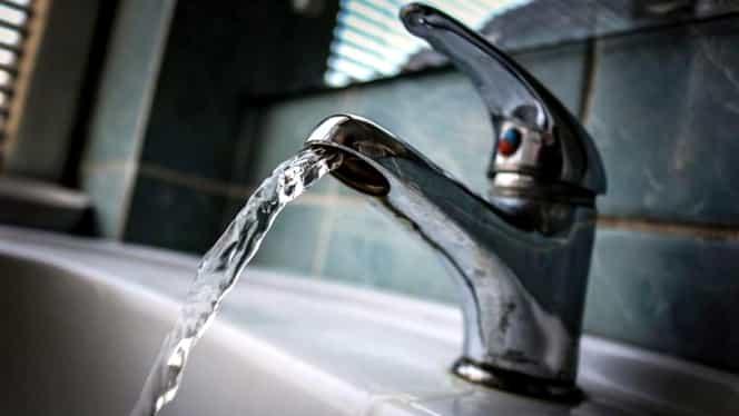 """Ministrul Sănătăţii, Sorina Pintea, avertisment pentru bucureşteni privind apa de la robinet: """"Să nu fie folosită pentru băut sau hrană"""""""