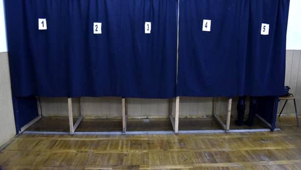 Fără selfie-uri cu votul! Selfie
