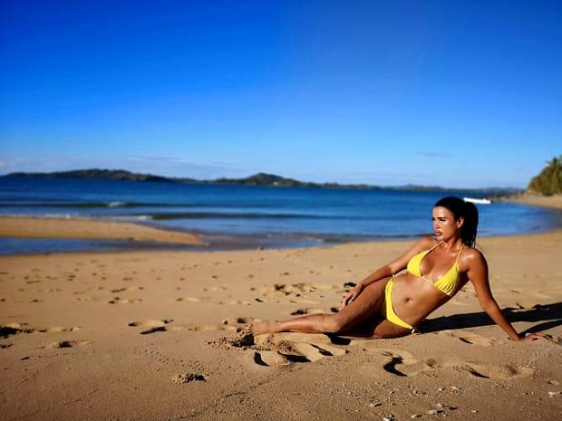 """Daniela Crudu, cele mai sexy imagini din """"Ultimul Trib""""! (12)"""