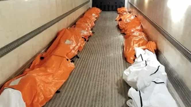 Imagine înspăimântătoare într-un spital din New York – morgă improvizată într-un camion frigorific