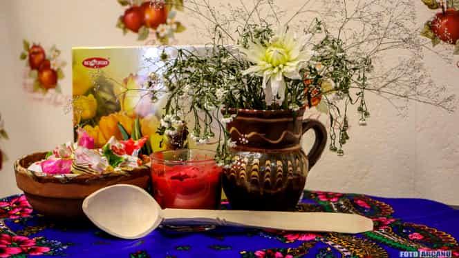 Tradiții de Moșii de Vară. Ce este bine să faci în Ajun de Rusalii și ce se dă de pomană