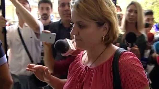 """Mama Alexandrei Măceșanu nu mai are încredere în autorități. """"Ne dorim să fie mutat dosarul"""""""