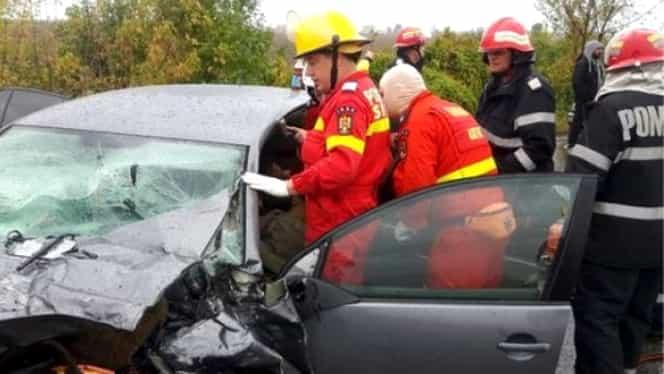 VIDEO. Imagini cu puternic impact emoţional! O persoană a murit, iar şase au avut nevoie de descarcerare, după un accident rutier în Ialomiţa!