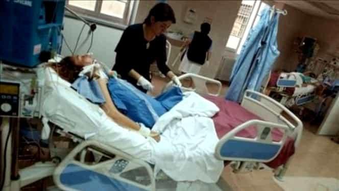 O tânără de 14 ani e ținută în viață de aparate după o dietă recomandat chiar de medic!