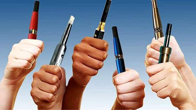 Vaporii țigărilor electronice transmit coronavirusul! Mesaj ferm lansat de un renumit pneumolog