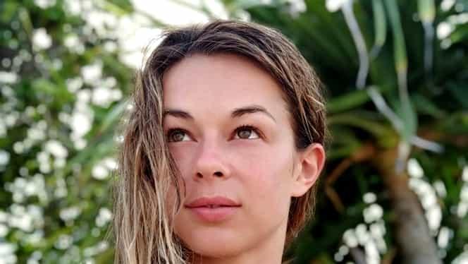 """Ioana Petric, speriată de coronavirus după o lună petrecută în Asia! Prin ce peripeții a trecut prezentatoarea Cronicii Cârcotașilor la spital: """"Eterna și fascinanta Românie"""""""