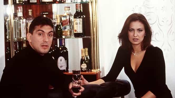 """Au trecut 17 ani de la poza asta, dar e tot """"piesă"""". Fosta soţie a lui Ilie Dumitrescu, minijup pe covorul roşu"""