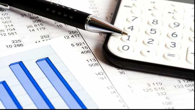 Noi modificări aduse de Legea Pensiilor. Formula de calcul care stabilește câți bani se dau în funcție de vechime