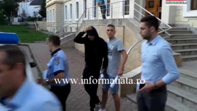 JAF ca-n filme în Suceava. Trei tineri au furat un seif cu bani şi bijuterii în valoare de 80.000 de euro