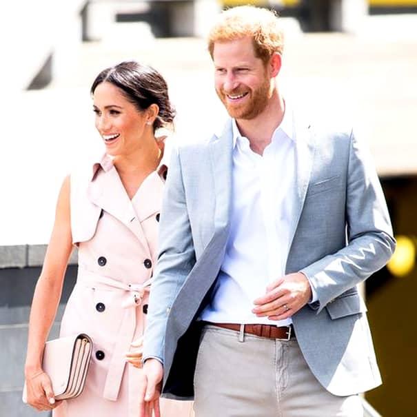 Marea Britanie e pe jar, de când a fost făcut anunțul oficial potrivit căruia Meghan Markle este însărcinată, iar acum toți calculează ce loc ocupă copilul Prințului Harry în succesiunea tronului. Bebelușul urmează să se nască în primăvara anului viitor și va schimba succesiunea la tronul britanic.