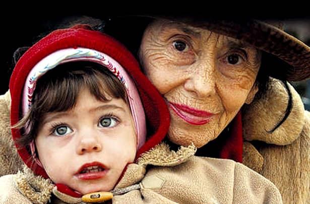 Adriana Iliescu a fost până pe 29 decembrie 2006 cea mai vârstnică femeie din lume care a devenit mamă la vârsta de 66 de ani şi 320 de zile. Ea a născut-o pe Eliza Maria Bogdana pe 16 ianuarie 2005 la Maternitatea Giuleşti din Capitală. În prezent, ea este cea mai bătrână mamă din România şi s-a născut pe 31 mai 1938 în Craiova.