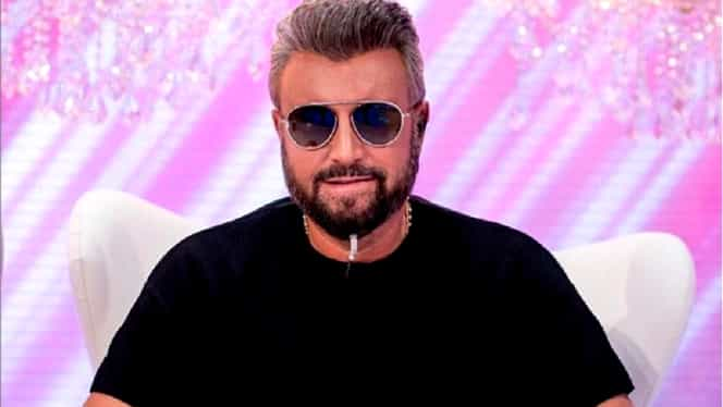 """Cătălin Botezatu o laudă pe Viorica Dăncilă: """"Categoric e o schimbare radicală"""". Se spune despre hainele premierului"""