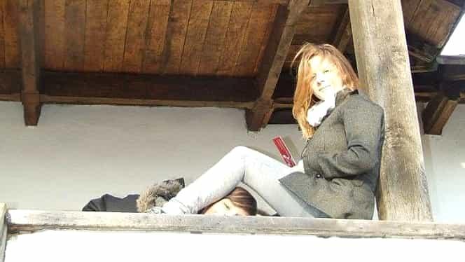 """""""Îmi pare rău, mamă!"""". Tânăra care s-a sinucis în Londra a lăsat două bilete de adio! GALERIE FOTO"""