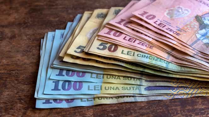 Ei iau peste 1.000 de euro net pe lună. Salariile angajaților din Ministerul Muncii