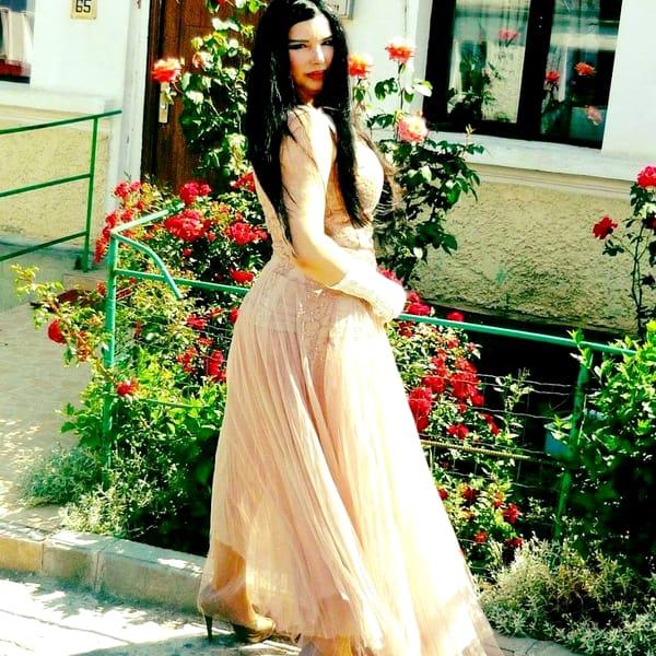 """Invidiată cândva pentru aspectul ei fizic, Marinela Niţu a ajuns să arate acum GROAZNIC! Imagini EXCLUSIVE cu fosta iubită a """"luceafărului"""" Miron Cozma"""