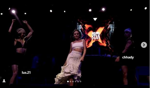 Alexandra Stan i-a uimit pe turci, după ce a apărut pe scenă fără sutien, doar cu un maiou alb, foarte mulat