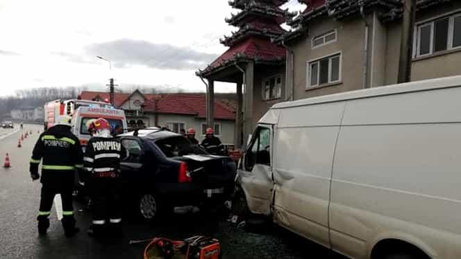 Accident înfiorător în Hunedoara! Un mort și doi răniți după ce un autoturism a intrat pe contrasens