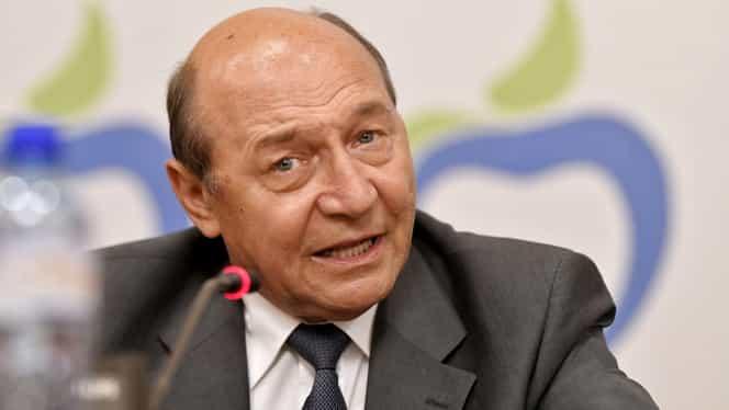 """Traian Băsescu a tras un semnal de alarmă în problema migranţilor. """"Va fi prăpăd la graniţele României"""""""