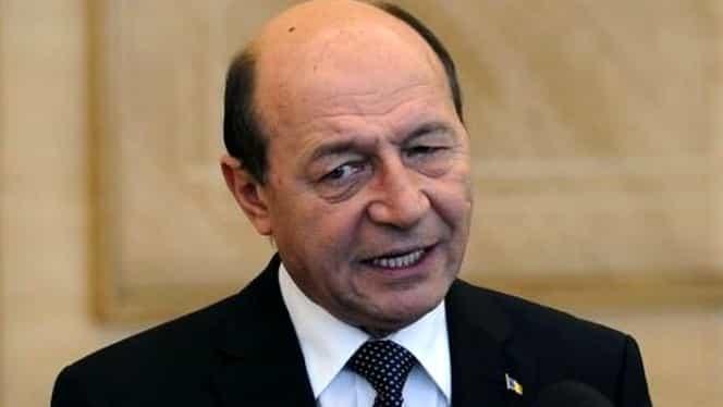 """Traian Băsescu vine cu un avertisment sumbru pentru România! """"Ne pregătim de autodistrugere"""""""