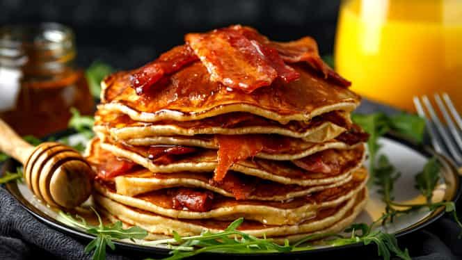 3 rețete de pancakes pe care trebuie să le încerci. Sunt foarte gustoase și ușor de făcut