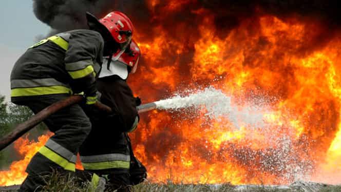 Tragedie pe şosea! 52 de oameni au murit arşi de vii într-un autobuz