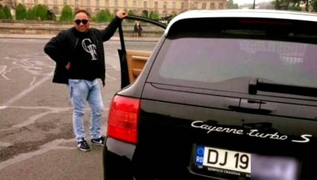 """Accident transmis pe Facebook. Ultimele momente din viata lui """"Briceag"""", interlopul din Craiova"""