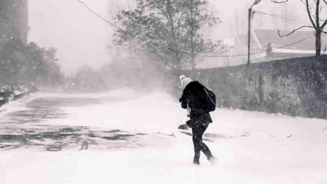 ANM, alertă de ULTIMĂ ORĂ! Cod galben de ninsori și vânt puternic în 10 județe din țară