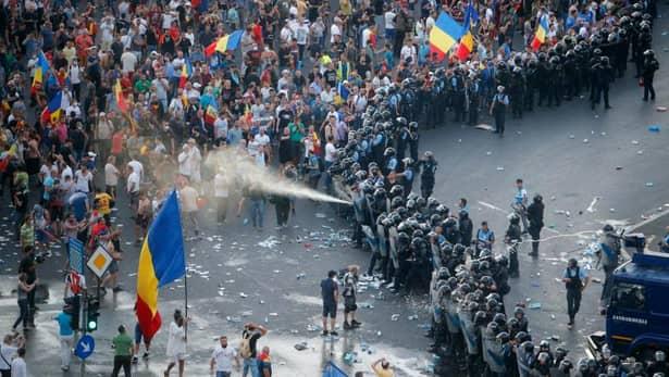 Jandarmeria a desecretizat 248 de ore din cele 250 de ore de convorbiri din 10 august. Protest