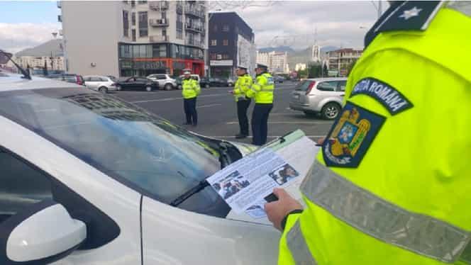 Noul Cod Rutier a intrat în vigoare, iar polițiștii au dat amenzi de 30.000 de lei după ce au prins șoferi cu telefonul la volan
