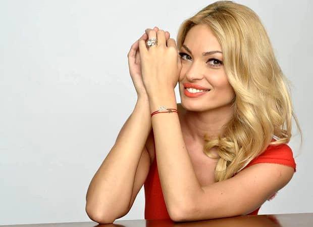 Valentina Pelinel, SCHIMBARE RADICALĂ DE LOOK, în luna a şaptea de sarcină