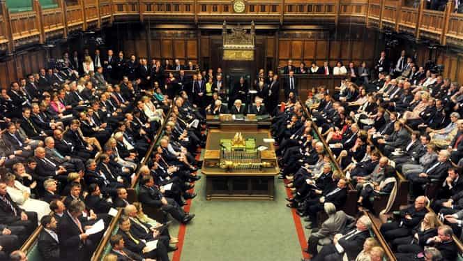 Marea Britanie se pregătește de alegeri anticipate. Acestea vor avea loc pe 12 decembrie!