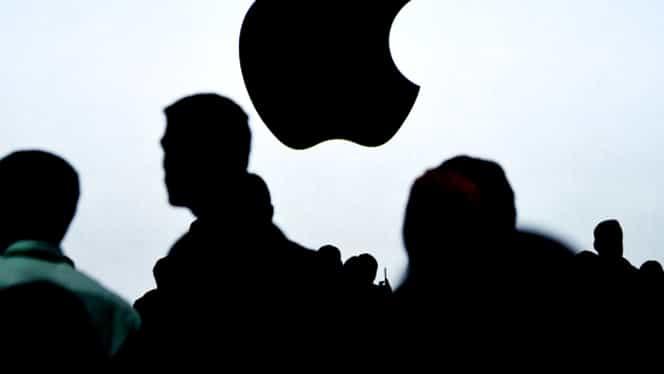 Probleme de securitate pentru iPhone X! Apple oferă unor companii datele utilizatorilor