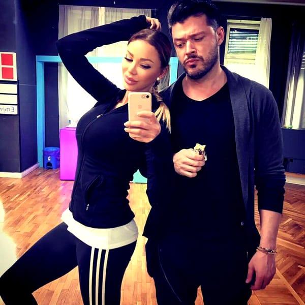 Bianca Drăgușanu a suferit destul! Frumoasa s-a afișat cu noul iubit, la câteva ore după ce l-a părăsit pe Victor Slav!