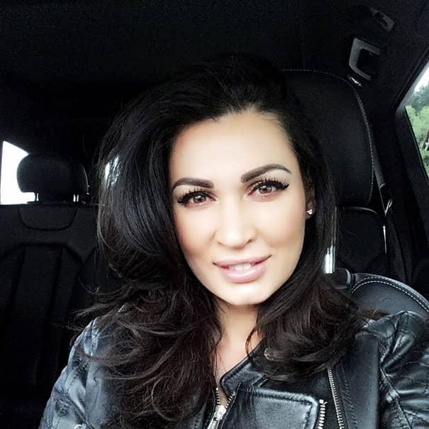 Cum arată Nicoleta Luciu acum, după ce s-a retras din showbiz! Şi-a schimbat total viaţa. FOTO