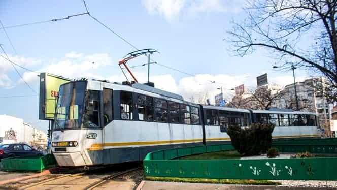 Mai multe tramvaie sunt blocate în București. Anunțul STB pentru călători