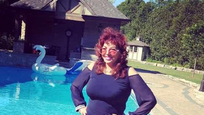 """Carmen Harra, în costum de baie, la 63 de ani! """"Mă simt ca la 36 de ani!"""""""