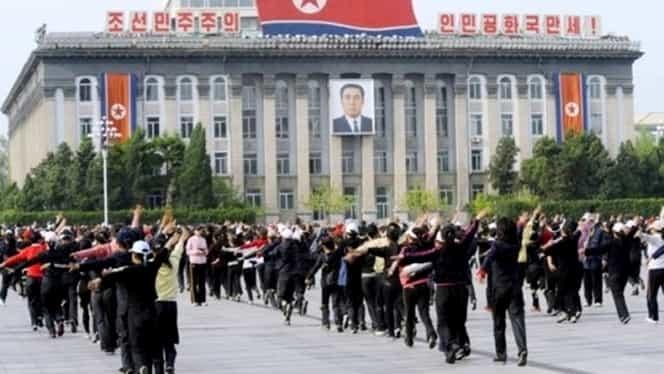 """Coreea de Nord ameninţă Coreea de Sud cu o """"mare de foc"""""""