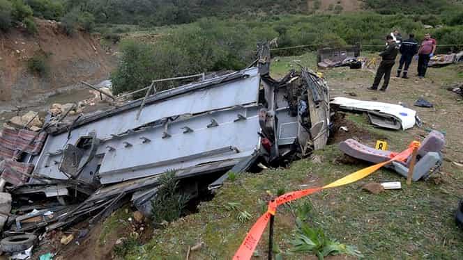 Accident teribil în Tunisia. Un autocar s-a prăbușit într-o râpă și sunt zeci de victime