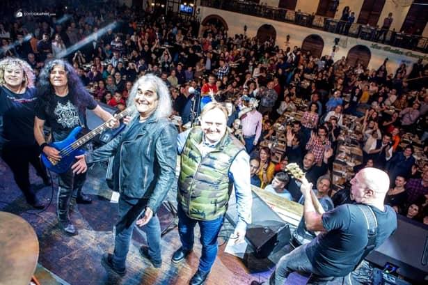 Cristi Minculescu a fost sărbătorit pe scenă de ziua lui