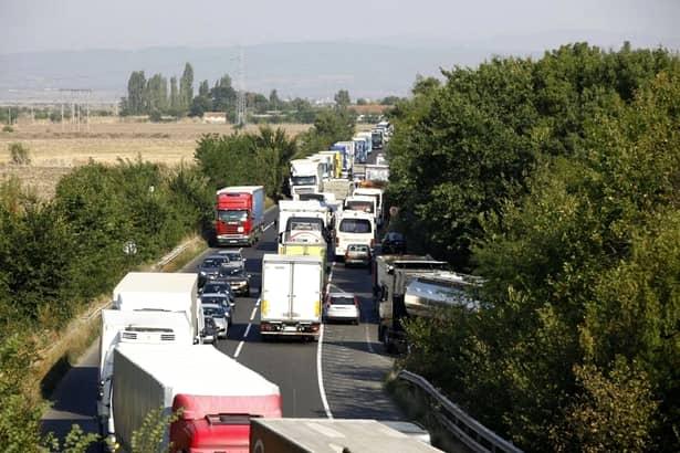 Transportatorii, miting urmat de proteste naționale! Ce se va întâmpla în Piața Victoriei