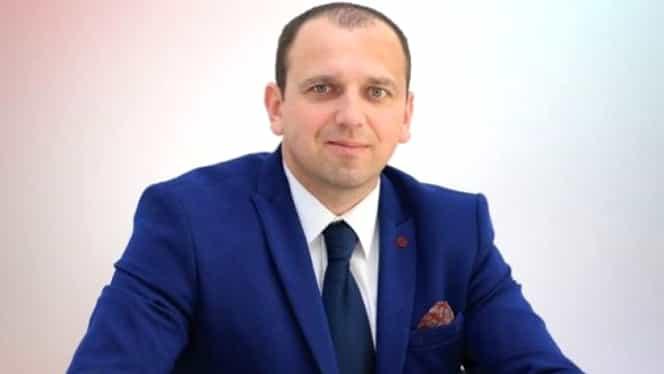 Postarea controversată a unui politician român! Iustin Talpoș citează din Florin Salam
