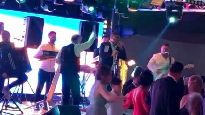 Gigi Becali a aruncat cu banii pe lăutari la nunta Teodorei Becali! FOTO