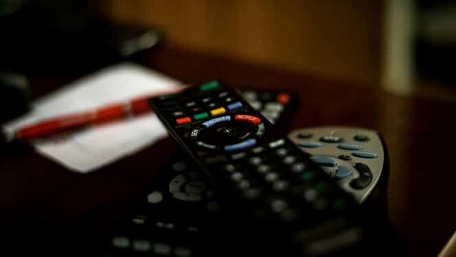 OFICIAL! Netflix, disponibil şi în România. Vezi de cînd