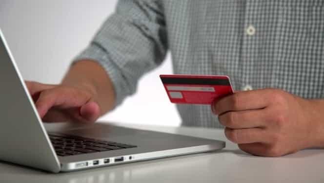 Cum plătești online facturile la curent, gaze, cablu sau telefon